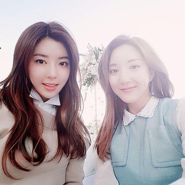 Jang Geun Suk, Hoa hậu Park Si Yeon cùng loạt sao Hàn khoe ảnh trong đám cưới mỹ nhân phim Mười - Ảnh 4.