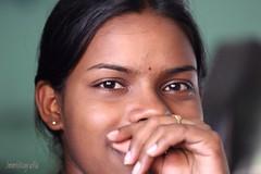 Personas de Sri Lanka / People from Sri Lanka (rrnavero) Tags: srilanka people retrato mujeres sonrisa canoneos6d canon70200f4lis jesusmariamartin personas exposiciónmanual sri lanka