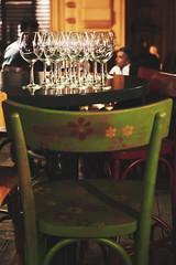IMGP1791 (maurizio siani) Tags: napoli naples italia italy pentax k70 18135mm 35mm locale locali bar notte night movida napoletana sedia bere persone cristalli calici bicchieri tavolino verde aperitivo