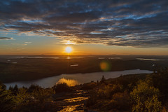 Acadia National Park - Cadillac Mountain Sunset 17 (raelala) Tags: justmainethings2017 acadianationalpark barharbor cadillacmountain canon1755mm canon7d canoneos7d findyourpark goexplore goldenhour maine memorialdayweekend memorialdayweekend2017 mountdesertisland mtdesertisland nationalpark newengland photographybyrachelgreene roadtrip scenicoverlook sunset thatlalagirl thatlalagirlphotography thatlalagirlcom travel usnationalparks
