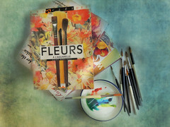 fleurs à l'aquarelle (Ani Carrington) Tags: stilllife book books paint paintbrushes watercolor watercolour textured