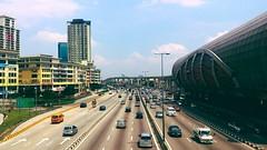 https://foursquare.com/v/rapidkl-pusat-bandar-puchong-ph15-lrt-station/56fcd3b3498e3bac789b2104 #train #railway #travel #holiday #Asia #Malaysia #selangor #puchong #railwaystation #度假 #旅行 #亚洲 #马来西亚 #火车站