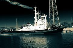 (de la) Rua II (mujik estepario) Tags: pentaxk5iis smcpentaxdal1855mmf3556 quequén puerto barcos virado pentaxlife pentax pentaxart