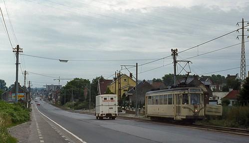 Fontaine-l'Évêque, Rue de Mons (N90) (19820706)