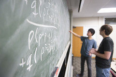 MCS_MR_Quantathon_2017_4934 (CMUScience) Tags: mcs mr quantathon students math physics po classrooms chalkboard collaboration groupwork diversity