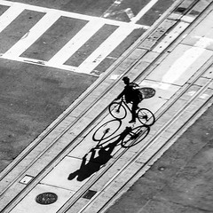 Crossing the tracks (Rnout) Tags: usa sanfrancisco bw