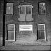 """Pakhuis """"N.V. Visscherijmaatschappij Vlaardingen"""" (Fotorob) Tags: vlaardingen rustycrusty opslag nederland zuidholland lichtschaduw pakhuis architecture anoniem status analoog rijksmonument urbandecay holland netherlands niederlande architectura architectuur"""