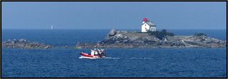 Phare sur tribord -  Lighthouse on starboard