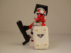 Lego Commander Thorn (501st DESIGNS) Tags: clone wars star season56 commander thorn trooper minigun arealight