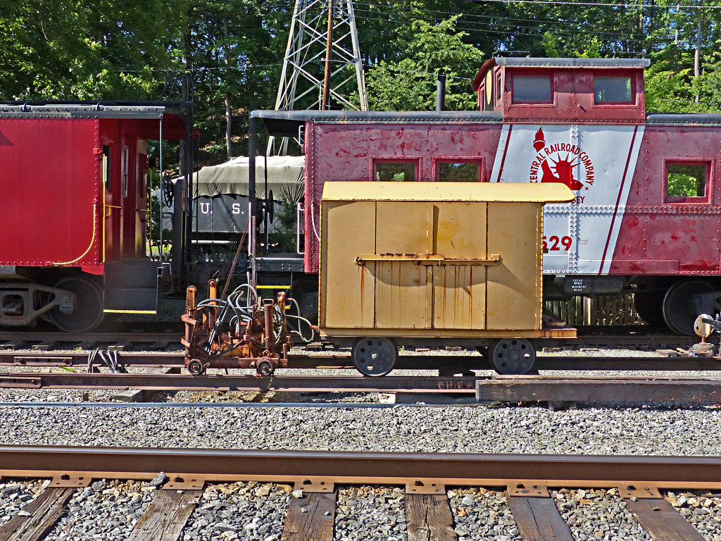 The world 39 s best photos of speeder and train flickr hive for Nj motor vehicle inspection stations near me