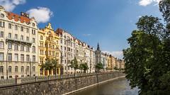 2017-06-18_Prague-352-Bea (Wolfgang_L) Tags: prag prague wenzel wenzelplatz cz moldau smetana schiff boot strassenbahn