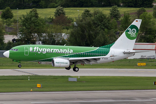 Germania_B737_D-AGER_30 years cs_ZRH_20170519_Approach_no sun_MG_2091_Colormailer_Flickr
