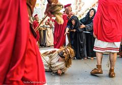 Via Crucis Vivente - Marsala (willemkuijpers) Tags: religion sicily selectieexpositiewittem sicilie2013 willemkuijpersschepenhoek1555403gauden sicilie marsala trapani