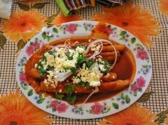 Zapotec Cooking Oaxaca Mexico (Ilhuicamina) Tags: meals food comida mexican oaxacan zapotec tortillas chile teotitlan