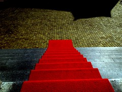 The Red Carpet (allarted) Tags: descend