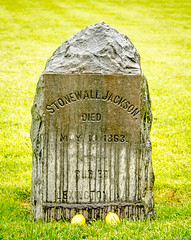 Stonewall Jackson Shrine (charlie_guttendorf) Tags: fredericksburgspotsylvanianationalmilitarypark guineastation guttendorf jacksonshrine memorial monument nps nikon nikon18200mm nikond7000 soldier stonewalljacksonuscivilwar battlefield civilwar lemon