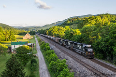 If At First You Don't Succeed... (kcerrato1) Tags: norfolk southern virginian 64a kumis elliston va virginia nw cpl western field barn sunrise