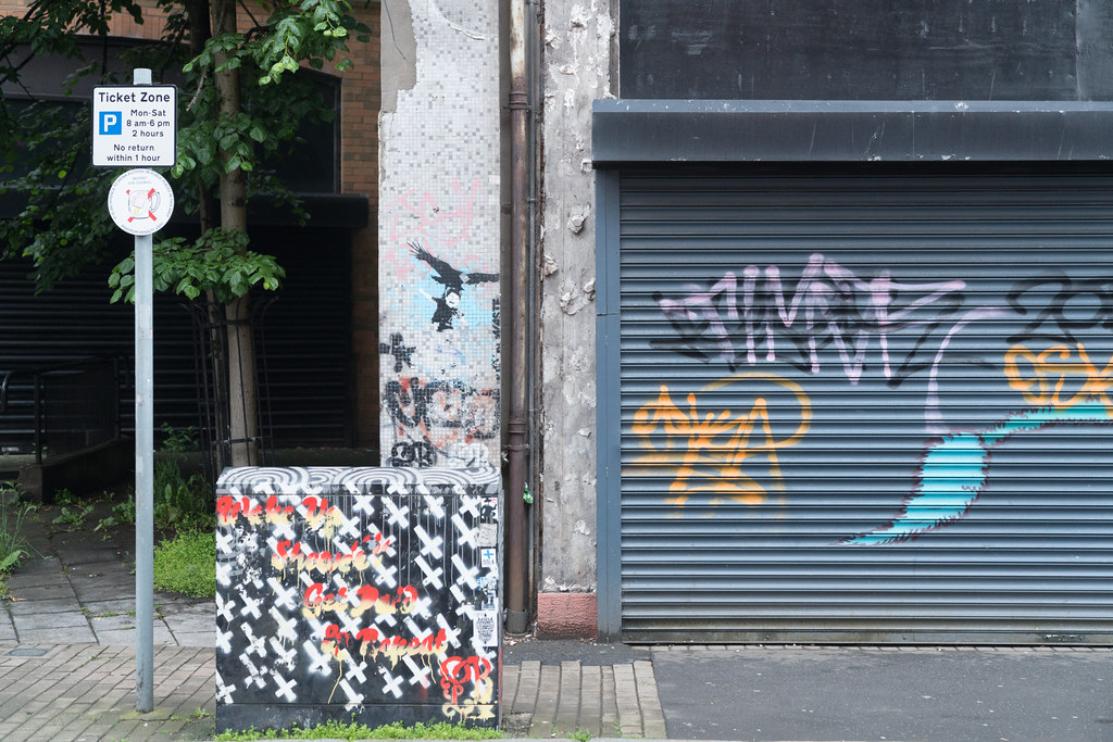 STREET ART AND GRAFFITI IN BELFAST [ANYTHING BUT THE FAMOUS MURALS]-129175