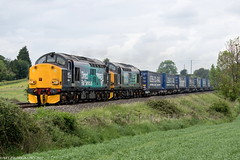 37609 and 37602 at Abbotswood (4V38) 31.05.2017 (Wolfie2man) Tags: 37609 37602 abbotswood class37 drs directrailservices tescotrain 4v38