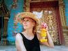 Chiang Mai - Thailandia (Cleu Corbani) Tags: templos dorado puertas thailandia flores sombreros mujer cleucorbani cultura religiones lugares