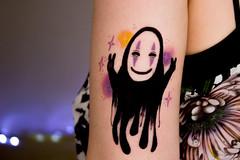 (shinebrightx) Tags: tattoo tattoos tatuagem tatooedgirl girl cute pinkhair colorful colorfulhair kaonashi anime spiritedaway