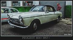 #Peugeot 404 (1957)... (A.M.G.1969) Tags: amg amg1969 aplicacióndelacámara car clasicos coches 4ruedas peugeot 404 exposiciones