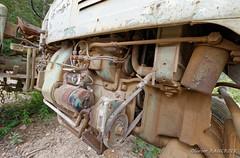 20170617_105257_3500-300_0002 (Olivier_1954) Tags: vehicules abandonné ancêtre tracteur transport