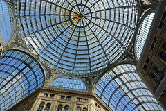 Galleria Umberto I, Naples, Italy (SomePhotosTakenByMe) Tags: dome kuppel glassdome glaskuppel galleriaumbertoi galleriaumberto galleria umberto einkaufspassage shop store geschäft laden shoppinggallery architektur architecture gebäude building indoor urlaub vacation holiday italy italien naples napoli neapel city stadt innenstadt downtown oldtown altstadt decke ceiling oberlicht skylight