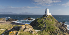 Llanddwyn Lighthouse, Anglesey. Wales (RenaldasUK) Tags: wales canon 247028 anglesey lighthouse uk