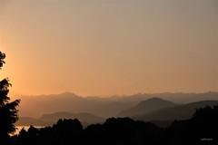 guardando lontano, oltre il mio mondo (alesolofoto) Tags: villacagnola panorama lagodivarese alpi alps tramonto sunset orizzonte lontananza cuore