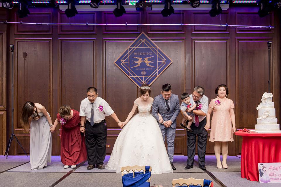高雄婚攝 老新台菜 婚禮紀錄 Y & Y 077
