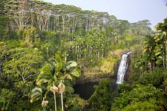 Falls (sibnet2000) Tags: waterfall cascade hawaii bigisland hilo canon5dmarkiv waiaustream kulaniapia ef24105lf40 32mm f40 iso500 1320sec