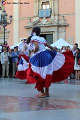 "Ballet Folklorico Dominicano - Fiesta del Día de la Diversitat Cultural • <a style=""font-size:0.8em;"" href=""http://www.flickr.com/photos/136092263@N07/33994653883/"" target=""_blank"">View on Flickr</a>"