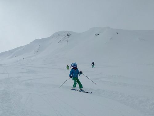 The kids ski powder on Flute