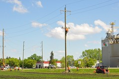 Stringing the line...... (Jeannette Greaves) Tags: hydro lines new south carman manitoba 2017