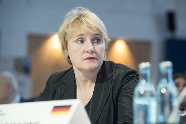 Karola Lambeck at the Closed Ministerial