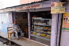 The sweet shop, Mandi (pommyboi) Tags: 2017 india mandi himachalpradesh in