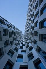 J(ot) (jotka*26) Tags: whatcomesaroundgoesaround jot upshot blue berlino berlin windows architecture architektur archdaily architectura architektuur angle jürgenengel christophlanghof arquitectónica upperwest pov