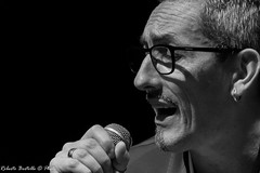 Gianni Neri @ live (2017) - 5884 (Roberto Bertolle) Tags: robertobertolle robertolle roberto bertolle italia italy umbria terni musica music pop rock giannineriiogliamicietuttoilresto giannineri