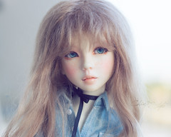 My forgotten doll. She used to pass more time hidden in the cabinet than seeing the light. (Chimi'Style) Tags: narae msd bjd balljointeddoll doll bimong narindoll
