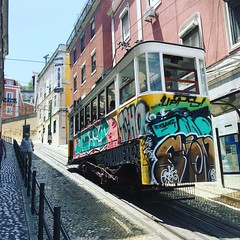 Enjoying a bit of street photography in beautiful Lisbon.   #streetphotography #travelphotography #lisbontrams #graffititrams #devonphotographytraining (GemmieV) Tags: instagramapp square squareformat iphoneography uploaded:by=instagram clarendon