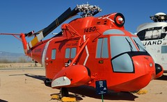 USCG Sikorsky HH-52A Seaguard SAR helicopter - Pima Air & Space Museum, Tucson, Arizona. (edk7) Tags: nikond3200 edk7 2013 usa arizona tucson arizonaaerospacefoundation pimaairspacemuseum unitedstatescoastguard uscg searchrescuesarhelicopter sikorskys62hh52aseaguard sn1450 196289 aircraft aviation plane airplane vehicle helicopter chopper copter military government generalelectrict58ge8turboshaft1250shpderatedto730shp float winch rotor foldedblade