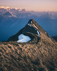 Sunset Dreams (noberson) Tags: switzerland ridge ridgeline sunset glow alps peak peaks hiking augstmatthorn brienzergrat bernese oberland dusk alpenglow alpenglühen