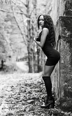 Luces de invierno (josejuanpantoja) Tags: sexy sensual bw blackandwhite blancoynegro mujer woman girl cute body femenine female beauty portrait retrato naturallight d700 nikon seductive young 85mm