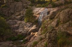 Cascada el Hornillo. (Amparo Hervella) Tags: cascadaelhornillo comunidaddemadrid españa spain paisaje cascada agua naturaleza roca largaexposición d7000 nikon nikond7000 comunidadespañola