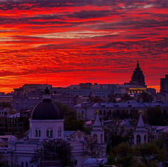 The magic sunset in Moscow (One to Russia) Tags: onetorussia russia sunset tours tourist look moscowcity travel traveling travelgram travellife travelrussia закат showmerussia inrussia msk welcometorussia citybestpics awesomerussia lovelyrussiainstagramrussia adventure rusplaces moscowdays moscownight италия venice roma florence