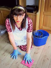 on my knees, remix 02 (cdhousewife) Tags: crossdresser housewife housework apron transvestit hausfrau hausarbeit schürze