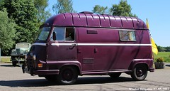 Renault Estafette 1974 (XBXG) Tags: 45xz80 renault estafette 1974 renaultestafette paars purple camper campingcar motorhome rv kampeerwagen van utilitaire bestel wagen bestelwagen bestelbus fourgonnette camionnette ohohrenault 2017 meeting carmeeting varsen ommen nederland holland netherlands paysbas vintage old classic french car auto automobile voiture ancienne française vehicle outdoor