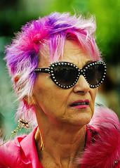 Portrait (D80_478181) (Itzick) Tags: denmark copenhagen candid colour colorportrait shades woman streetphotography d800 colorfulhair itzick