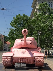 pink tank and cables (Hayashina) Tags: czechrepublic brno cables tank pink